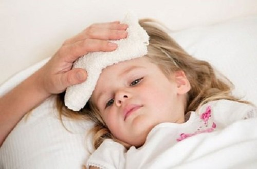 Mẹo trị cảm cúm cho bé